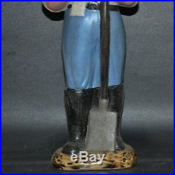 Chinese Cultural Revolution Wear military uniforms Chairman Mao porcelain statue