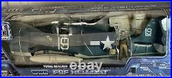 Elite FORCE 1/18 Max Detail WWII F6F Hellcat NEW Militaria Airplane Collectible