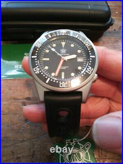 New Steeldive SD1979 Seiko NH35 Automatic Stainless Steel Mens 200M Divers Watch